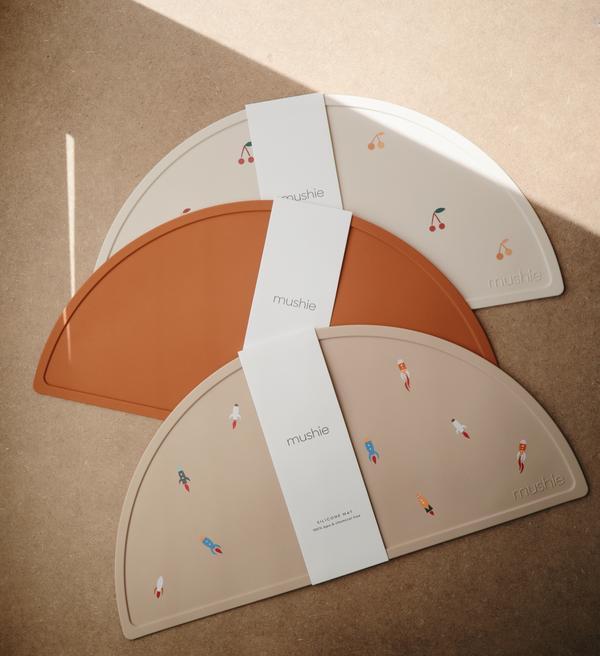 Mushie - Podkładka silikonowa na stół Clay