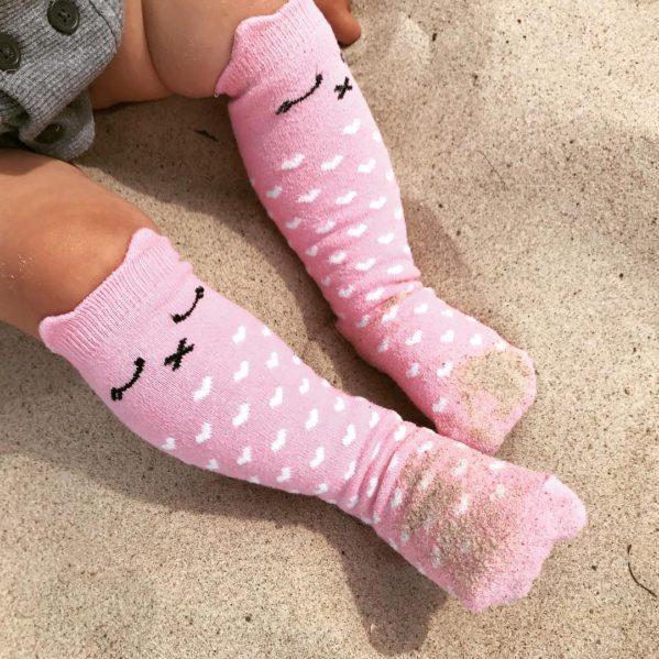 MAMA'S FEET podkolanówki dziecięce Lilka Różowa Kotka